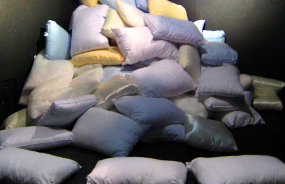 huge-pile-of-pillows.png