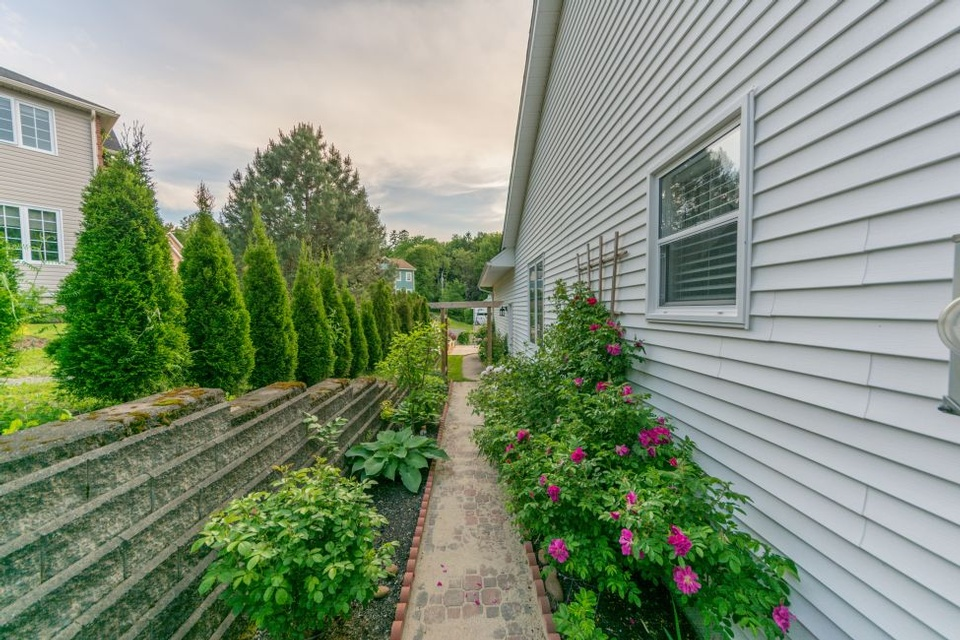 26 SOUTHALL CRT, FREDERICTON