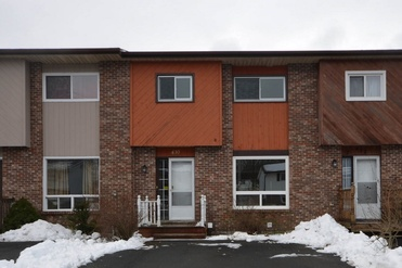 3 Bedroom, 1 Bathroom Townhouse - 430 Auburn Drive, Cole Harbour  $174,900  MLS# 201806017