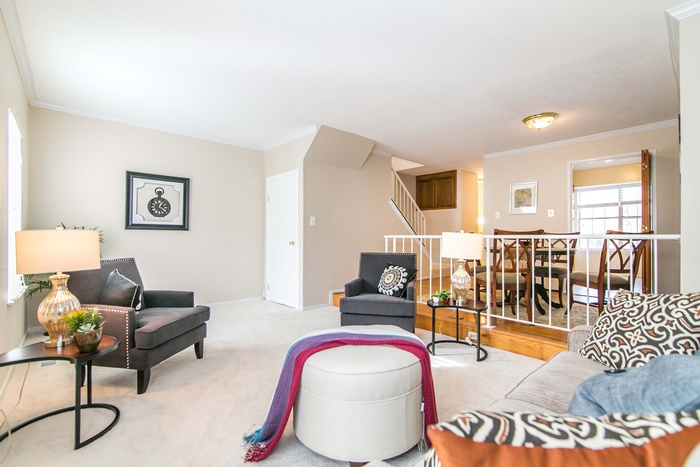 Reston Townhouse Staging