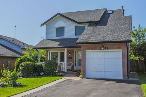 1047 Aldersbrook, London Real Estate