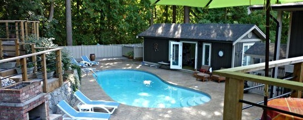 Inground Vinyl Liner Swimming Pool Construction North Vancouver Bc