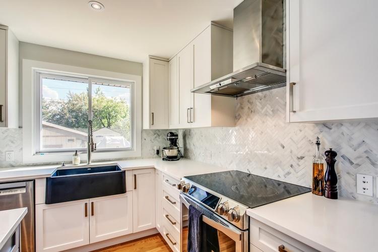 Kitchen, Mudroom Interior Design Services in Calgary, Chestermere, AB