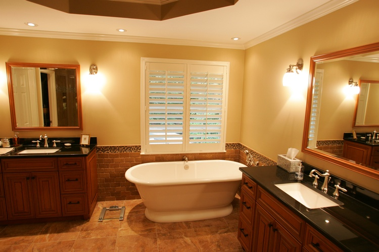 Old Castle Home Design Center provides Ceramic Floor Tiles for Bathrooms
