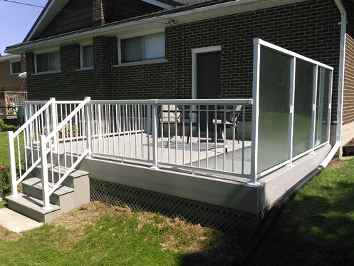 Composite Deck_ ProBuilt Railing and Windwall