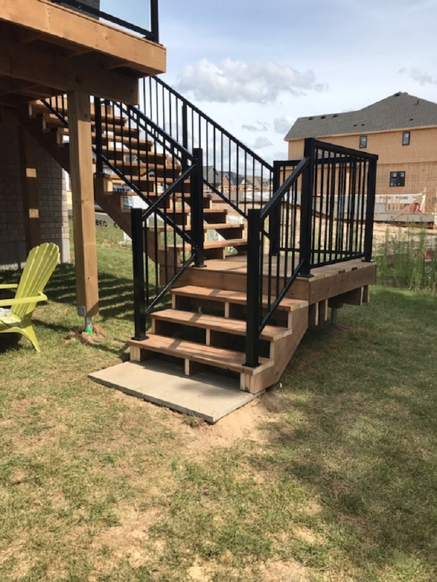 Picture of: Bfd Rona Products Photo Gallery Railing Systems Aluminum Glass And Vinyl
