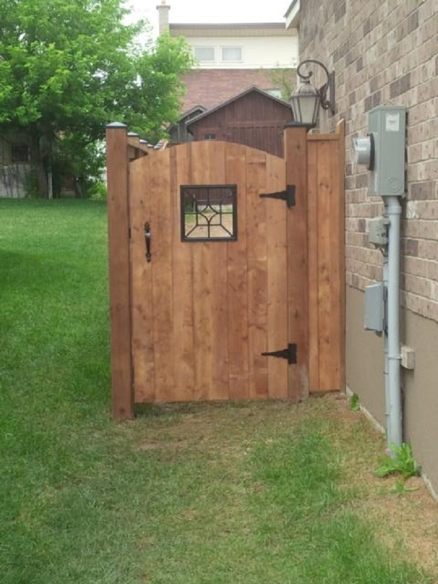 Make Your Own Shutters Building A Board And Batten Fence Best Fence 2017